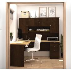 Manhattan L-shaped workstation in Secret Maple & Chocolate